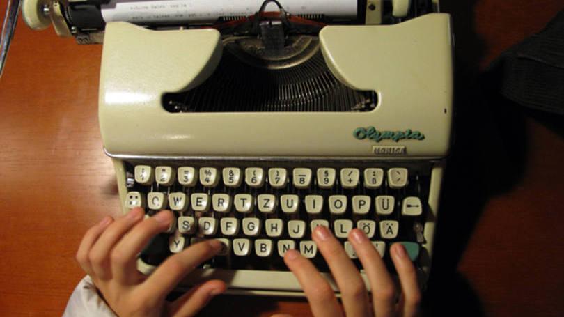Curso de da datilografia é coisa de quem envelheceu. Agora no máximo tem um curso de digitação (Foto: Divulgação)
