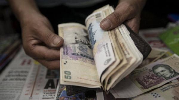 Salários para brasileiros variam na Argentina (Foto: Exame/Abril)