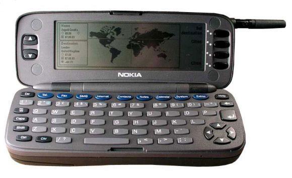 Nokia 9000 aberto (Foto: Reprodução)