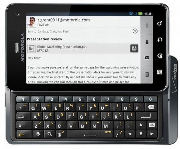 Smartphones com teclado QWERTY (Foto: Reprodução)