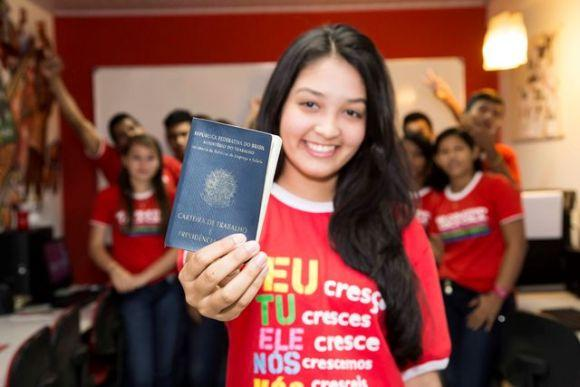 O projeto facilita o ingresso dos jovens no mercado de trabalho (Foto: Divulgação Coletivo Coca-Cola)