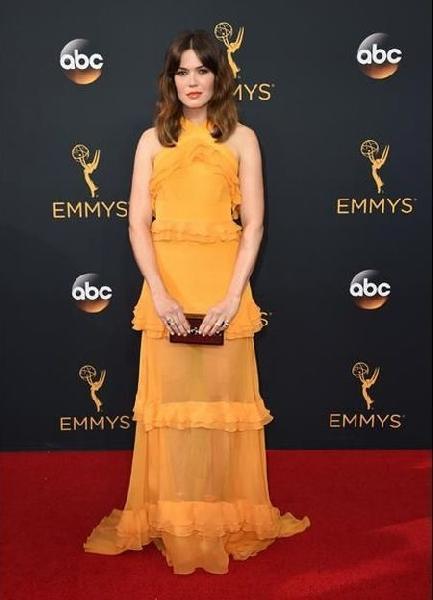 Mandy Moore (Foto: Reprodução Emmy Awards)