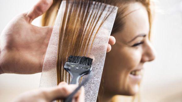Pintar cabelo durante a gravidez é permitido ou faz mal? (Foto Ilustrativa)