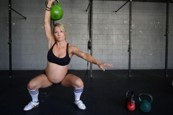 Malhar durante a gravidez é permitido, desde que com exercícios específicos para gestantes (Foto Ilustrativa)