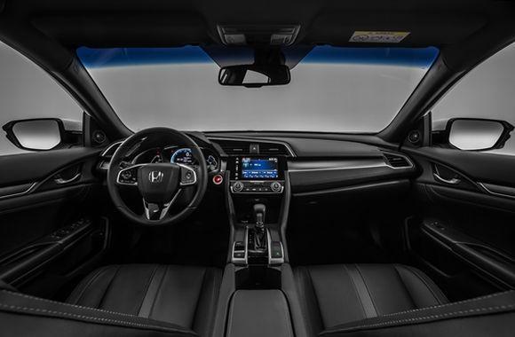 O interior do Civic ficou mais espaçoso e luxuoso (Foto: Divulgação Honda)