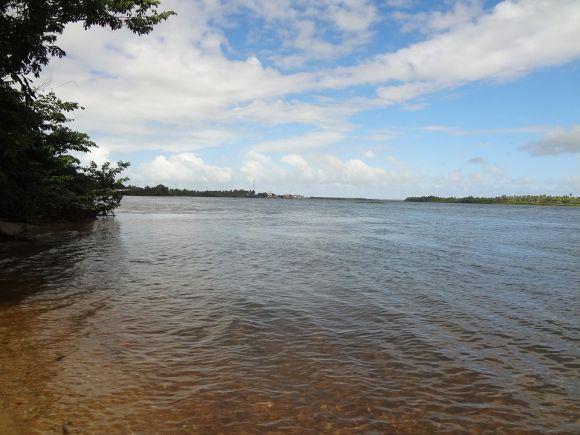 O Rio São Francisco atrai muitos banhistas em vários estados (Foto Ilustrativa)