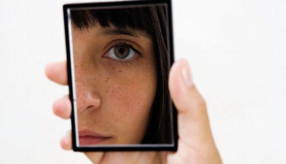 Problemas hormonais podem demonstrar sinais na pele (Foto Ilustrativa)