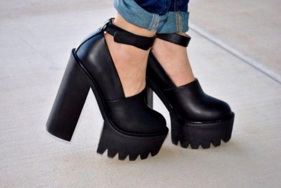 Os sapatos chunky continuam em alta (Foto Ilustrativa)