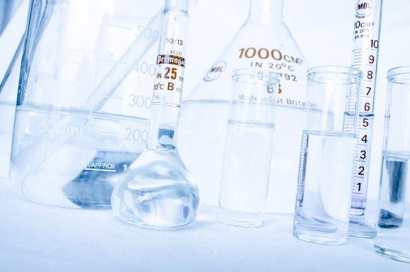 As bolsas são para vários cursos superiores de Engenharia, um deles na área de Química (Foto Ilustrativa)