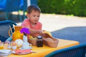 10 dicas de alimentação saudável da criança