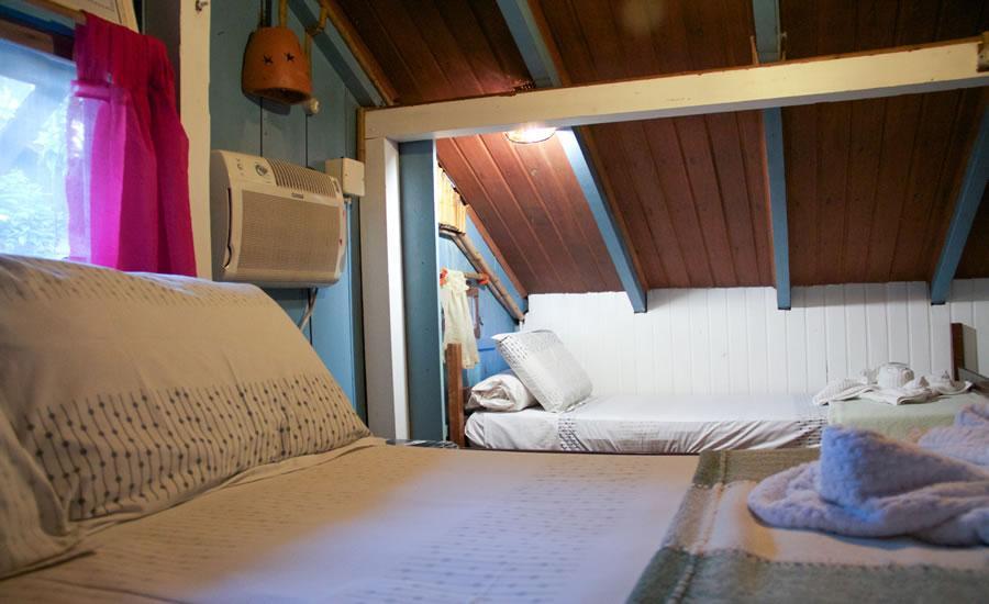 O mezanino pode virar um quarto bem despojado (Foto: Divulgação)