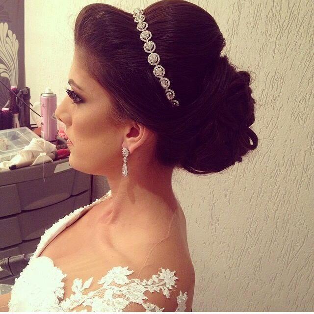 Penteados diferenciados para noivas (Foto: Divulgação)