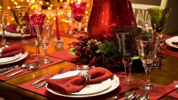 A decoração da mesa de Natal também deve estar em harmonia com o restante da casa (Foto Ilustrativa)