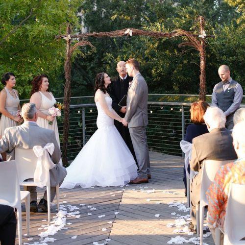 Ashley e Ty no dia do casamento (Foto: Reprodução internet)