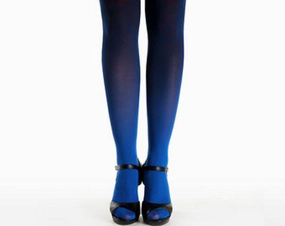 É importante combinar bem as cores da meia com o restante do look (Foto Ilustrativa)