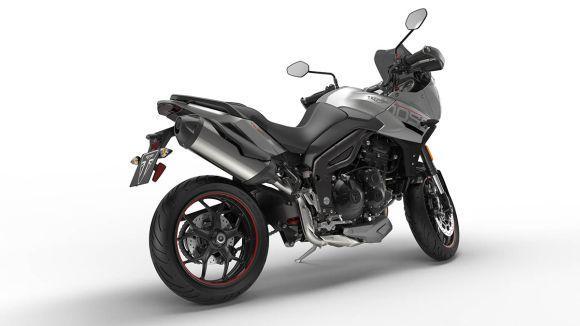 A motocicleta inglesa ganhou novidades no visual e na mecânica (Foto: Divulgação Triumph)