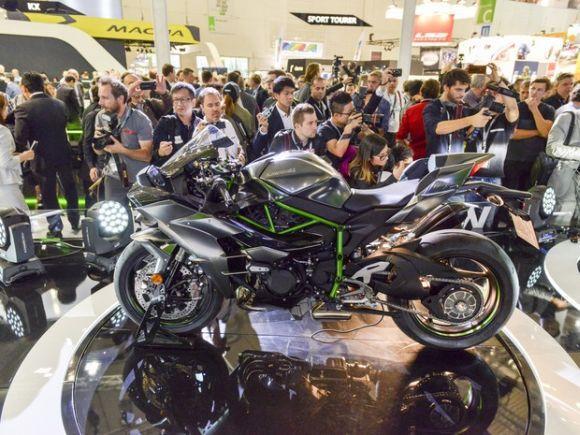 Kawasaki Ninja H2 Carbon (Foto: Divulgação Intermot)