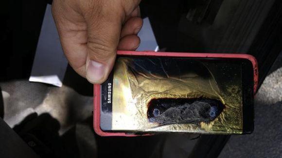 Imagens do Note 7 carbonizado tomaram conta da internet nas últimas semanas (Foto: Reprodução internet)