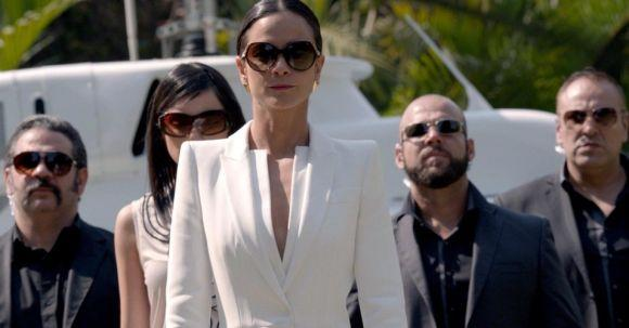 Estrelada por Alice Braga, A Rainha do Sul já tem a segunda temporada confirmada (Foto: Reprodução Space)