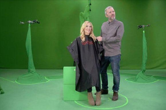 A empresa usou câmeras especiais para filmar cabeleireiros em ação (Foto: Reprodução L'Oréal)
