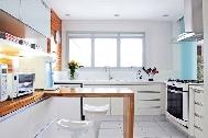 Cozinha com móveis planejadas