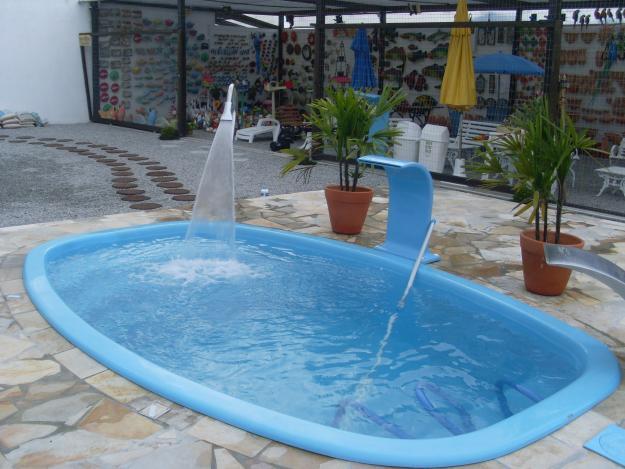 Decora o de piscinas fotos for Modelos de limpiafondos de piscinas