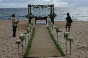 241607 decoração 4 300x199 Decoração de Altar para Casamento, Dicas