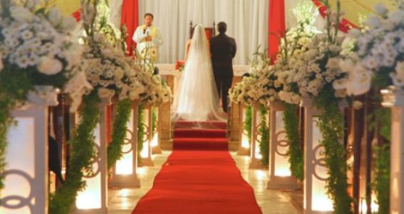 Fotos De Decoraç u00e3o De Casamento Na Igreja MundodasTribos u2013 Todas as tribos em umúnico lugar  # Decoração De Casamento Vermelho E Branco Simples Na Igreja