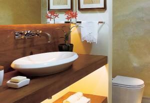 247149 banheiro bancada de madeira 300x207 Bancadas para Banheiro em Madeira