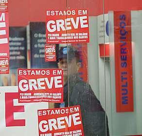 289076 greve bancos Completa hoje duas semanas de greve dos bancários