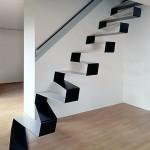 297579 escada flutuante 150x150 Descubra maneiras criativas de decorar as escadas