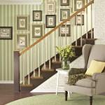 297579 quadros na parede 150x150 Descubra maneiras criativas de decorar as escadas