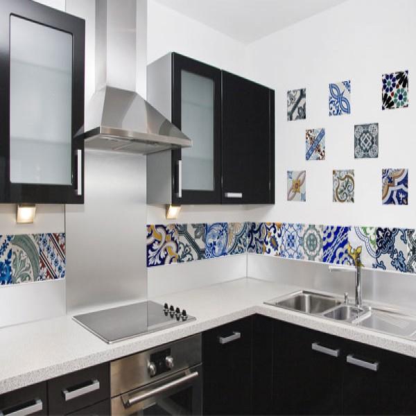Adesivos de azulejo para decorar paredes mundodastribos for Azulejo para pared de sala