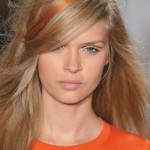 303002 mechas coloridas 150x150 Cores de cabelos 2012: tendências e fotos