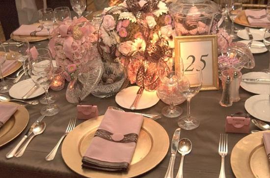 decoracao casamento rosa e marrom:Mais detalhes sobre a decoração em rosa e marrom