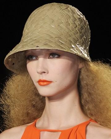 307694 batom laranja fashion rio 2011 Dicas de maquiagem para o calor