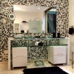 31434 banheiro pequeno 12 150x150 Banheiros Pequenos Decorados