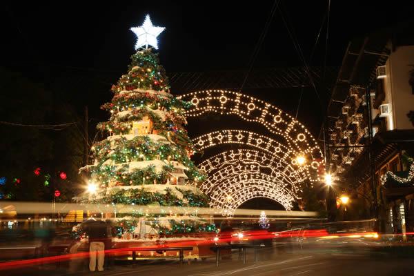 O Natal de Gramado é o mais conhecido e bonito do Brasil, vale a visita.