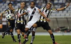 Na briga pelo título, Vasco e Botafogo fazem o clássico carioca da rodada