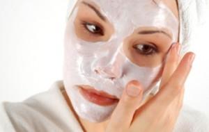 Aprenda a aplicar o creme facial corretamente