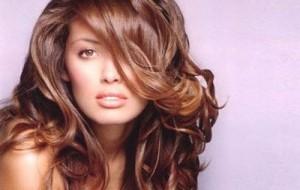Truques para deixar os cabelos ondulados e sem volume