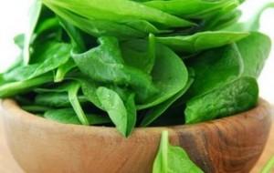 Conheça os vegetais verdes que fortalecem os músculos
