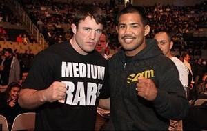 Sonnen x Mark Muñoz: vencedor do combate enfrentará Anderson Silva