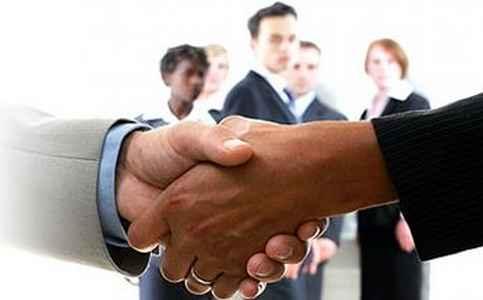 Amizade e profissionalismo são dois lados distintos