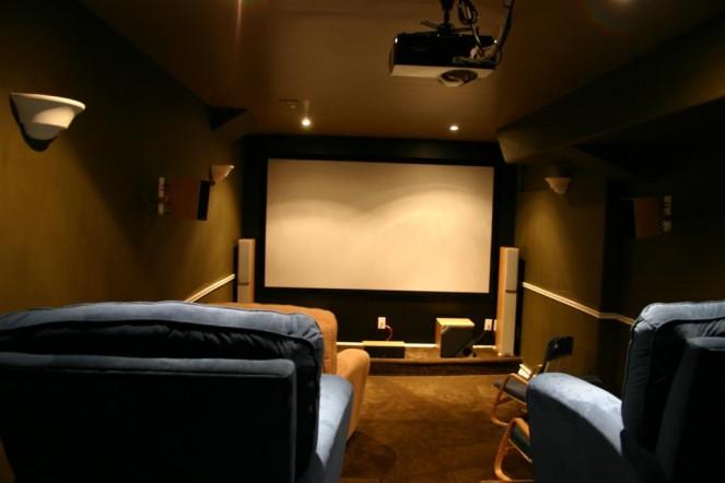 Sala de cinema em casa como montar e gastar pouco - Sala cinema in casa ...