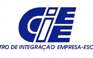 CIEE oferece curso de informática gratuito
