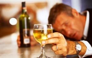 Cuidado: Abstinência alcoólica é perigosa e pode levar à morte