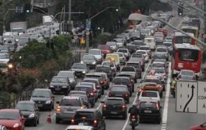 Rodízio de veículos em SP será suspenso em dezembro 2011