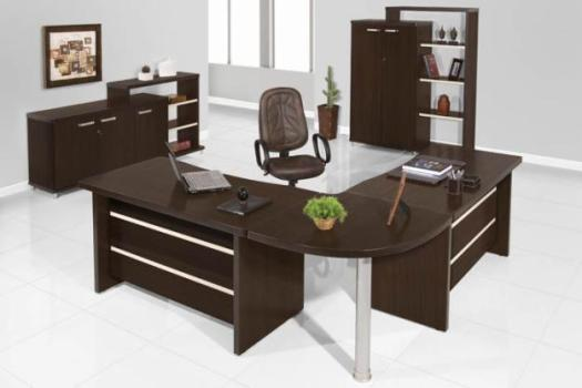 Decora o de escrit rio ideias fotos for Mesas de escritorio modernas