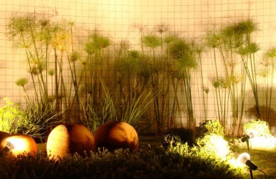 ideias jardim pequeno:Iluminação para jardim – ideias, dicas, fotos
